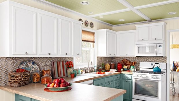 Ways To Sort Out The Kitchen In Your New Home
